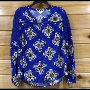 Crown & Ivy blouse